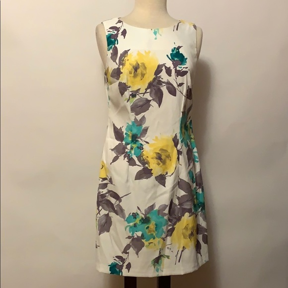 Alyx Dresses & Skirts - Alyx Dress Floral Dress Size 8